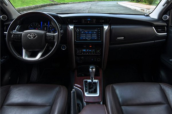 A picture of the Toyota Fortuner's interior