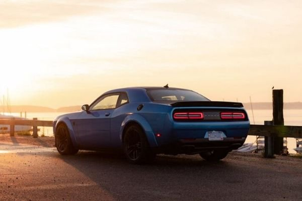 A picture of the rear of the Dodge Challenger SRT Hellcat Redeye
