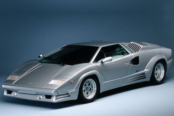 A picture of the Lamborghini Countach