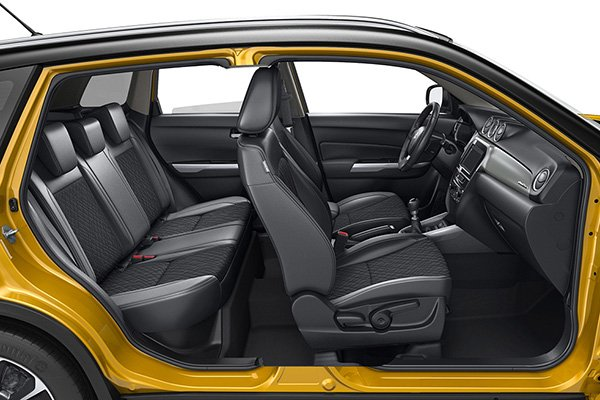 A picture of the Suzuki Vitara with its doors open