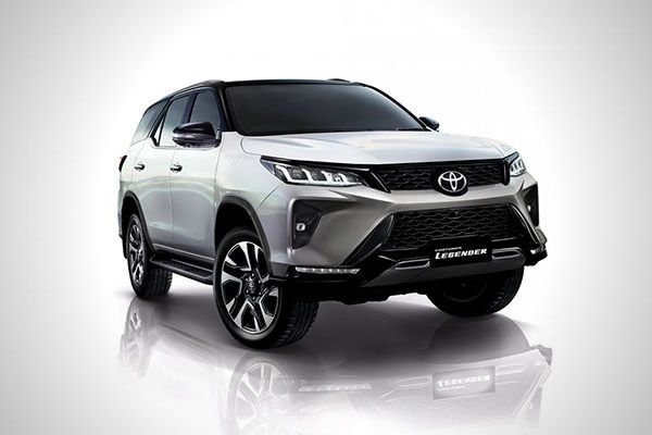A picture of the 2020 Toyota Fortuner Legender variant