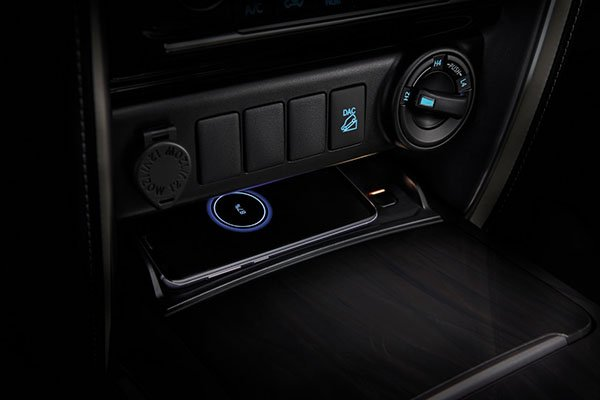 A picture of the wireless charging on the new Fortuner