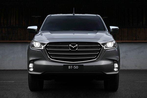 Mazda BT-50 new front