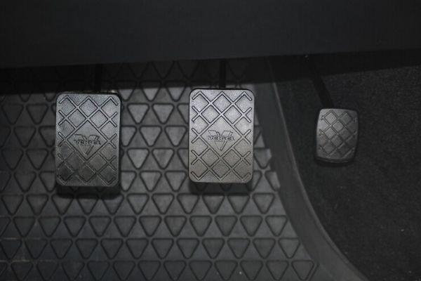 Manual pedals