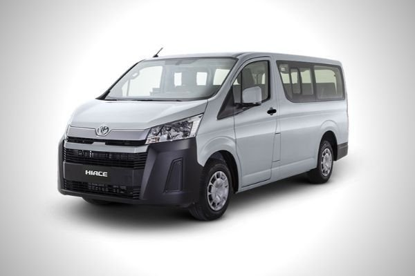 A picture of the Commuter Deluxe Hiace