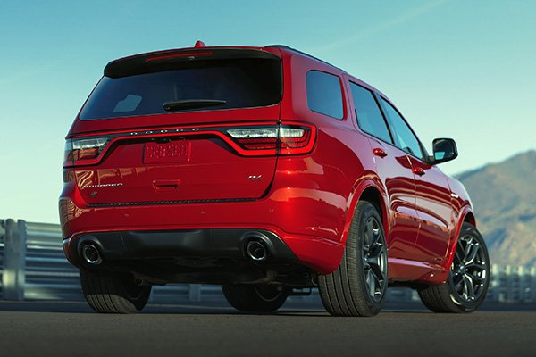 A picture of the rear of the Durango SRT Hellcat