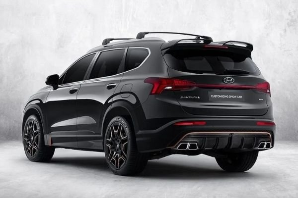 Side and back profile of the new Santa Fe