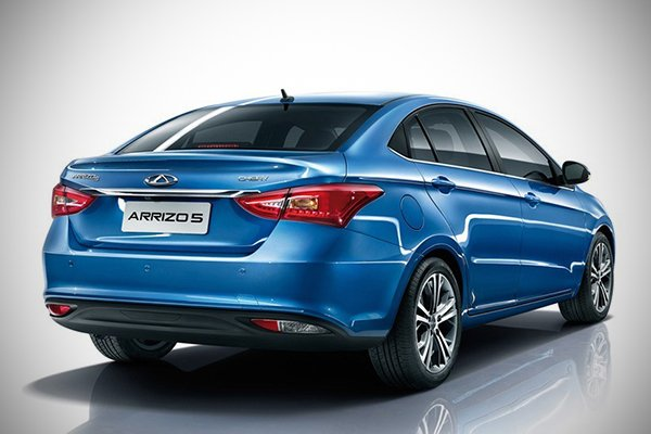 A picture of the rear of the Chery Arrizo 5e