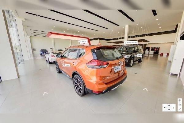 A Nissan X-Trail in Nissan's virtual showroom