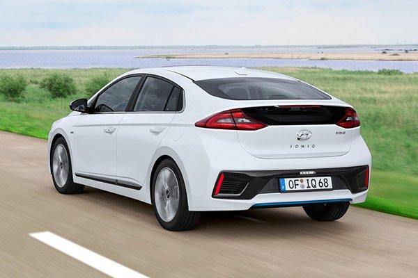 Hyundai Ioniq Hybrid Rear