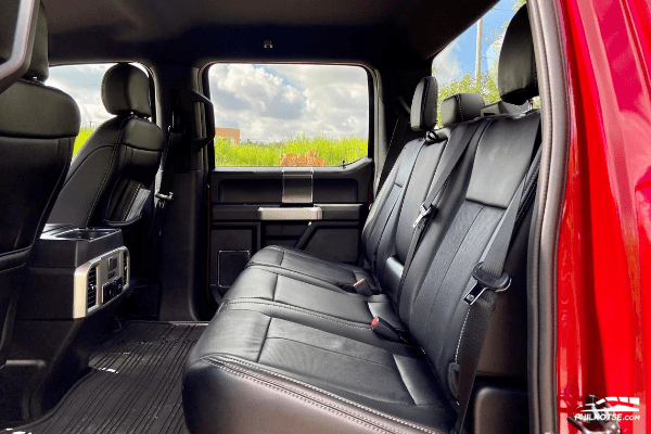2020 Ford F-150 4x2 Lariat interior