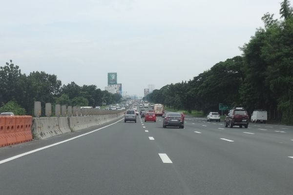 A picture of a part of the SLEX