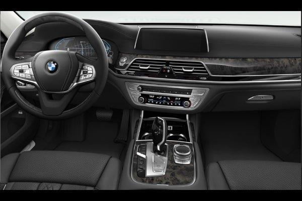 BMW 745Le interior 2