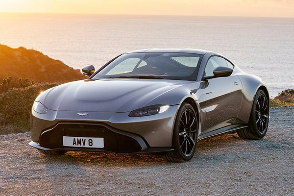 A picture of the Aston Martin Vantage.