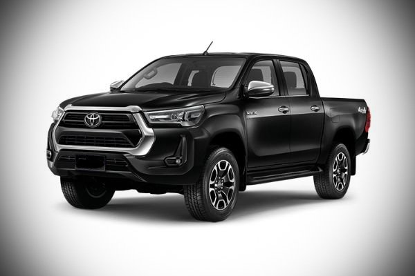 Another picture of the facelifted Toyota Hilux.