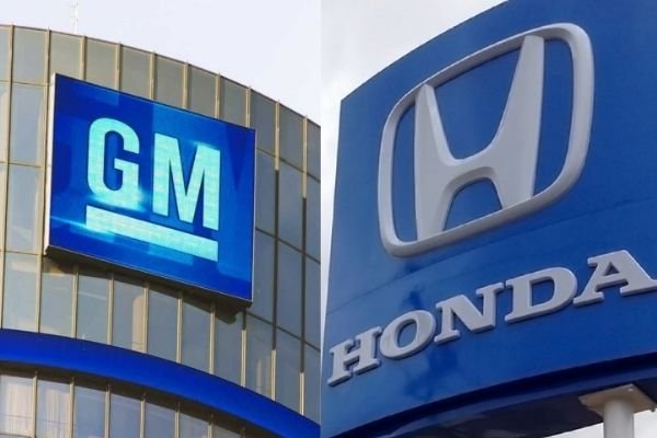 A picture of the GM and Honda logos.