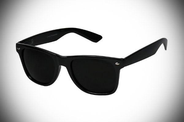 A picture of a very dark pair of sun glasses.