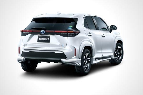 Toyota Yaris Cross Elegant Ice Style (rear)