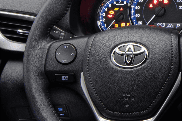 A picture of the Vios' steering wheel.