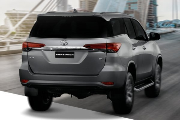 A picture of the rear of the Toyota Fortuner