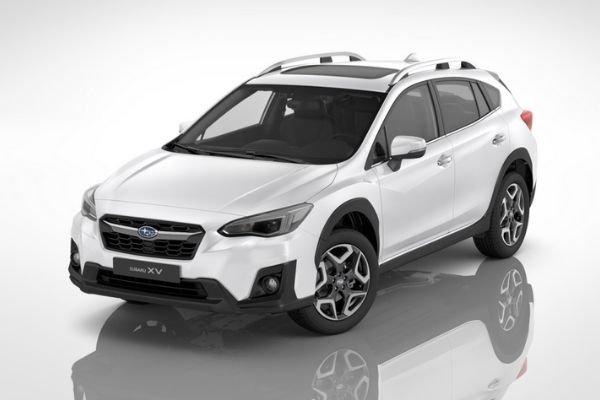 A white Subaru XV