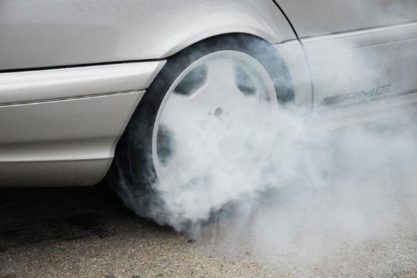 Tire smoking