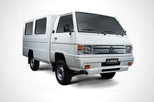 A white Mitsubishi L300