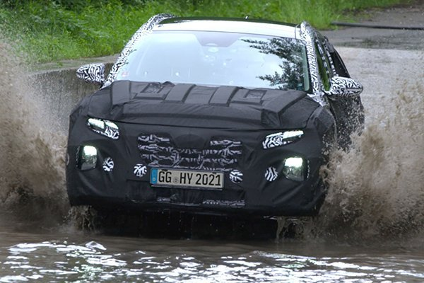 A picture of the Hyundai Tucson undergoing tests.