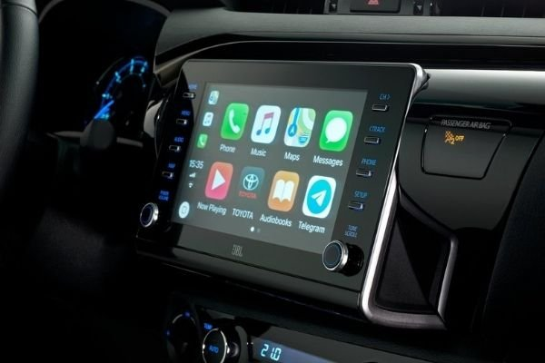 Hilux touchscreen