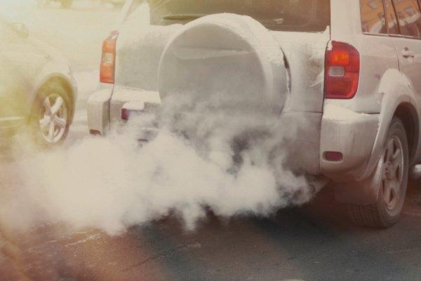 A RAV4 emitting white smoke