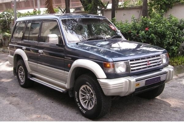 A picture of the 2nd-gen Mitsubishi Pajero