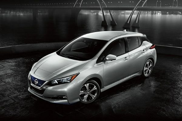 A Nissan LEAF with dark background