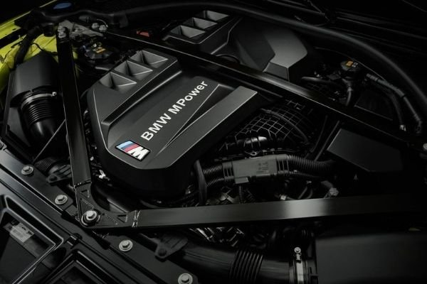 M Competition engine