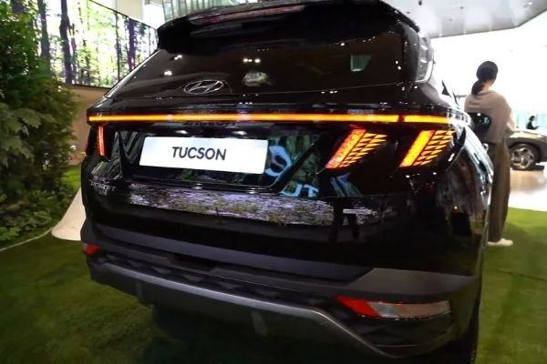 Rear view of the Hyundai Tucson