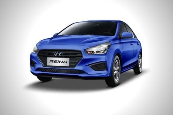 A Hyundai Reina finished in blue