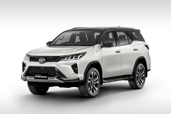 A picture of the 2021 Toyota Fortuner Legender/LTD