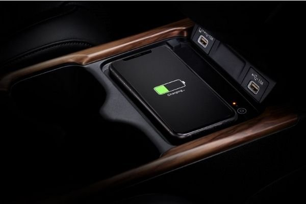 A Picture of the 2021 CR-V wireless charger.