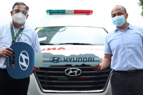 The formal turnover of the 18 Hyundai Starex Cargo Ambulance Units in Project 4, Quezon City