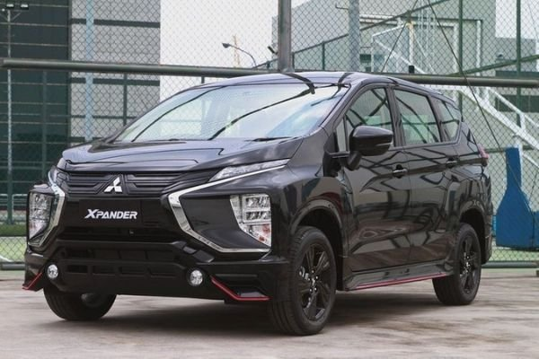 The Mitsubishi Xpander Black Edition front view