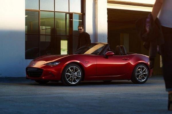 A picture of a Mazda Miata.