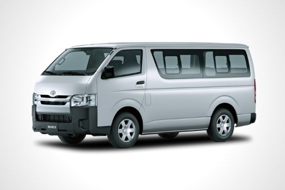 Toyota Hiace front view