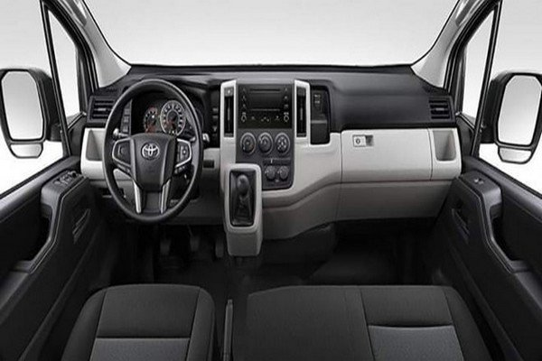 Coming to the inside of the Toyota Hiace 2019, we can see some distinguishing enhancements