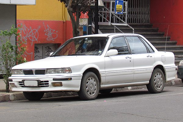 A picture of the Mitsubishi Galant Super Saloon