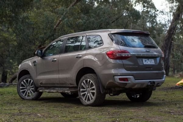 Ford Everest old