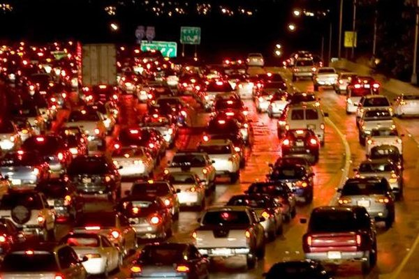 A picture of heavy traffic on EDSA
