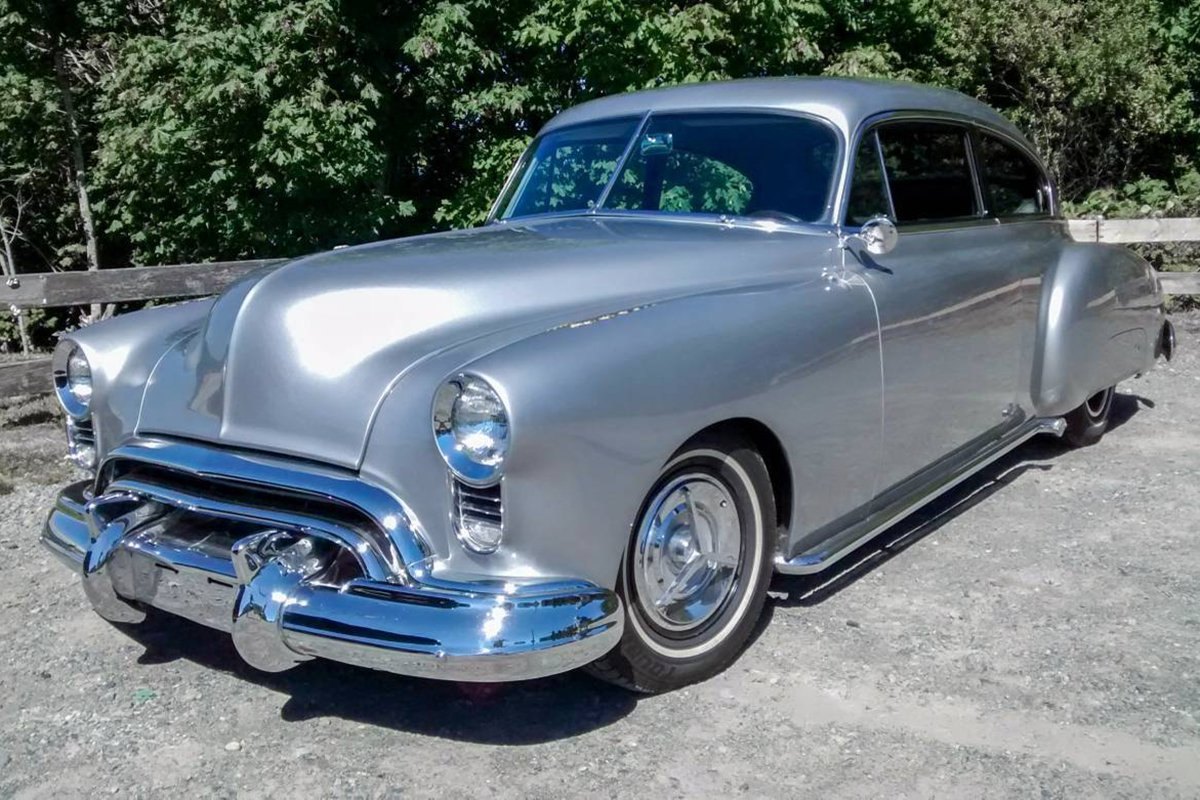 A picture of an Oldsmobile Rocket 88