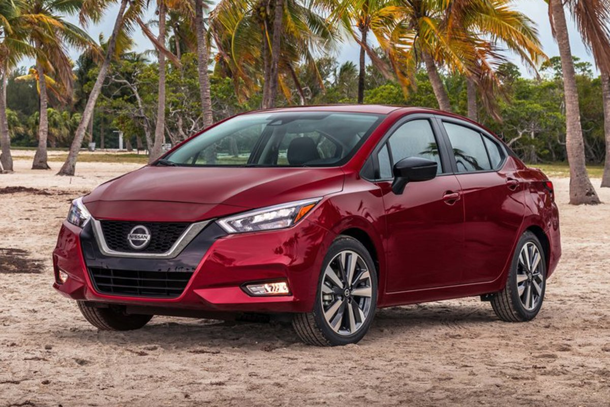 A picture of the 2021 Nissan Versa/Almera at the beach