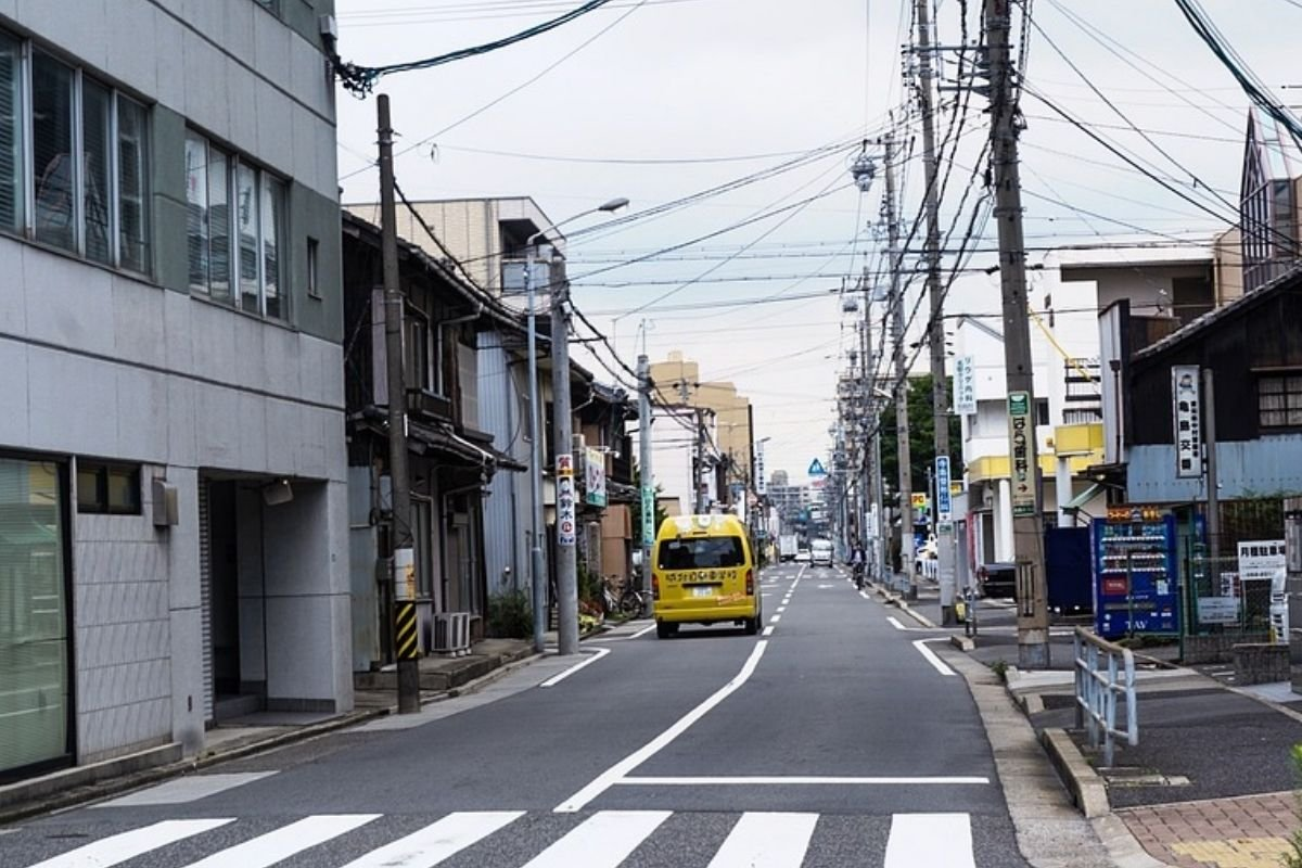 A picture of a road in japan