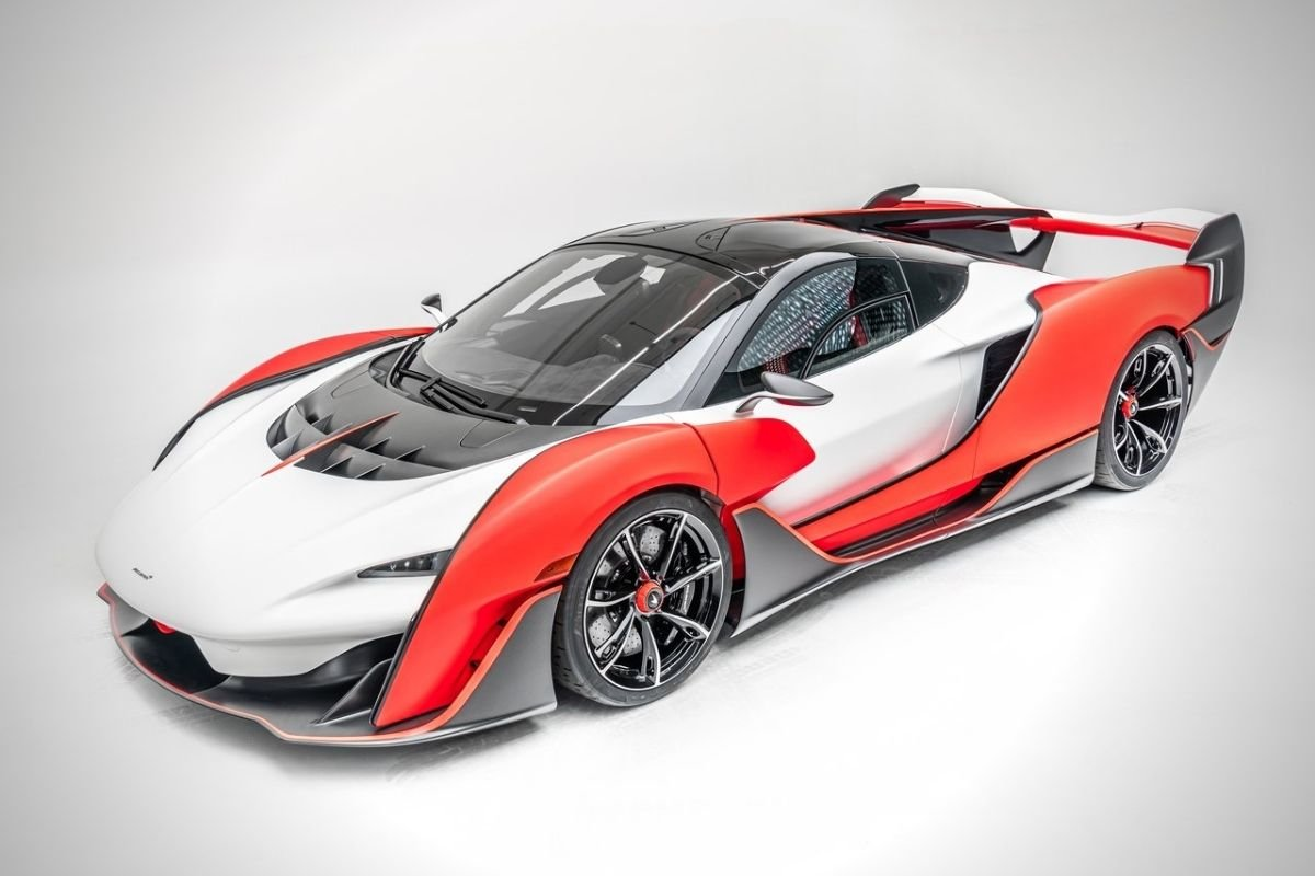 A picture of the McLaren Sabre
