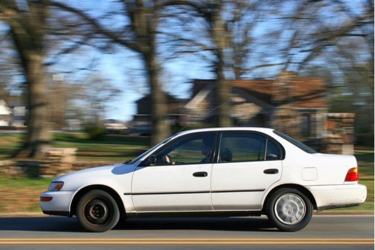 A picture of a Toyota Corolla.